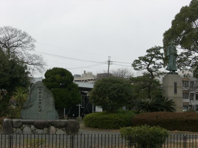 200912122